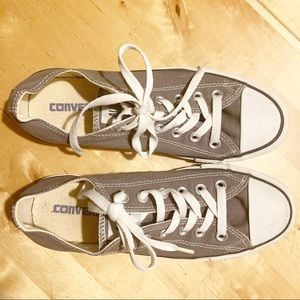 Converse chuck taylor all stars gray low tops 7.5